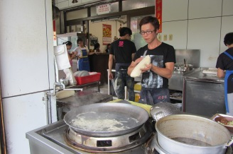 Shaving noodles