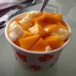 Mango bing (to go).